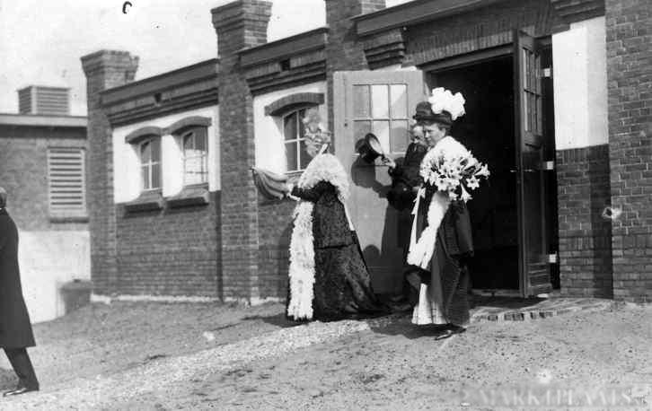 1912: Opening Valkenheide